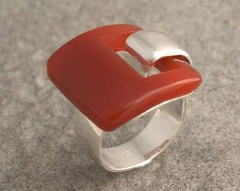 Sterling silver ring and carnelian