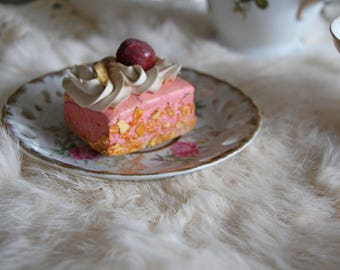 Fake Pink Cream Cupcake - Faux Tartlet - Polymer Clay Cake Tart - Sculpted by a Patissier!