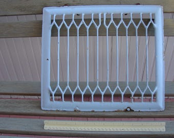 "1901 Heavy Metal Heater Grate 12.5"" x 14.5"" x 1.5"""