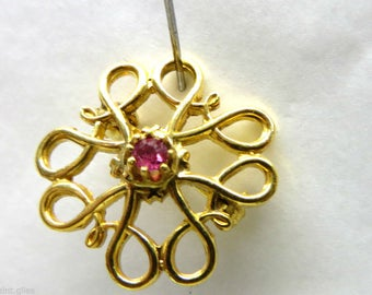 Vintage Ruby and Gold Brooch