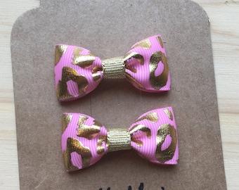 Pink and gold leopard print Mini Tuxedo Hair Bows, baby & toddler hair clip, mini bow