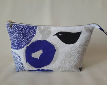 Linen cosmetic bag in blue white colors with metal zipper - Makeup storage  - Cosmetic organizer - Modern cosmetic bag  - Accessory bag