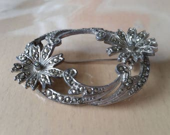 Vintage 1950's silver tone flower design genuine marcasite brooch