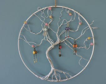 Wear jewelry tree of life with glass bead