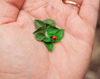 1 PCS/Leaves/Berries made of polymer clay