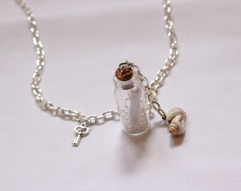Necklace 'Message in a bottle'
