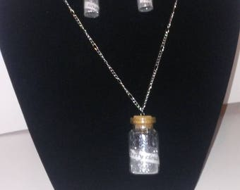 Every cloud has a silver lining.  Silver lining dust necklace and earrings