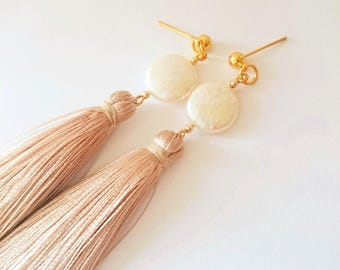Coin pearl beige tassel earrings