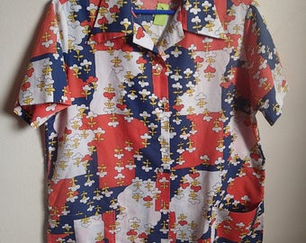 Groovy red, white, blue shirt, cotton images