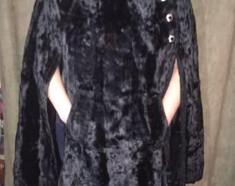 Black vintage faux fur cape shawl with pockets
