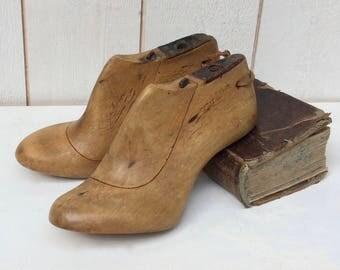 antique cobbler's last, wood shoe form,  Ladies shoe lasts, Old shoe shape, Wooden foot last,  wooden shoe shape, Rare old form of wooden,