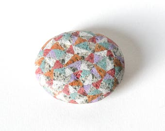 Multi-color Facet Stone