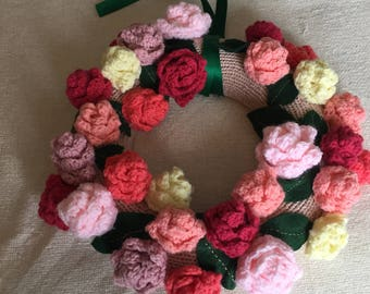 Knitted and crocheted roses wreath