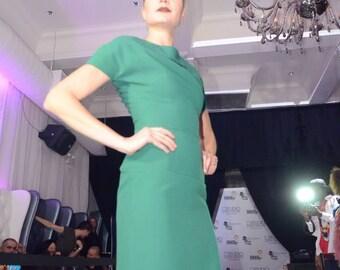 Hourglass Classy Dress. Green Back Zipper Dress