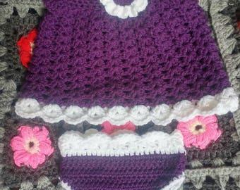 Baby girl jumper and diaper-cover / Robe et cache-couche pour bébé