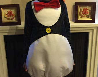 Penguin costume. Halloween costume.