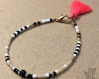 Tassel Pompon Seed beads Bracelet FriendshipBracelet Fluro pink fluo rose BeadedBracelet Kid and Woman white Black Gold Gift Feminin Girl