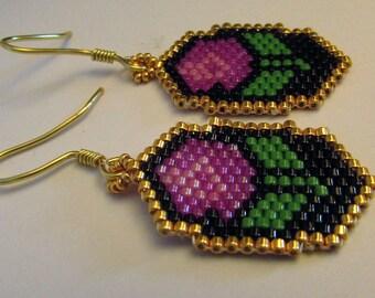 "BO ""Roses"" woven in beads"