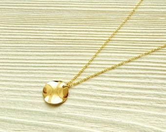 Round plate necklace, L, tall, wavy gold metal disc, 16 K gold plated necklace, Petite minimalist style layered necklace