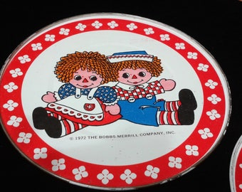 Raggedy Ann and Andy Toy Tin Plates and Saucers