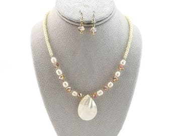 Handmade Pearl Necklace Set