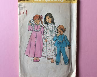 Vintage Pattern - Simplicity 6687 Child's Robe Nightgown and Pajamas
