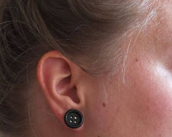 Button earrings black | stud earrings