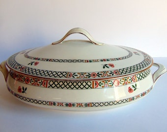 Rare J. & G. Meakin Handley England Oval Covered Taureen Soup Bowl