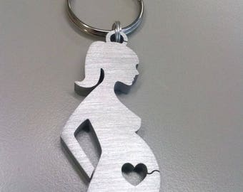 Pregnant mom heart key ring