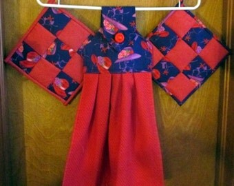 Tea Towel and matching Pot Holder Set - Red Hat