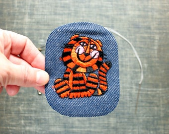 cute tiger patch . 1970s vintage patch . embroidered denim iron on patch, anthropomorphic animal patch