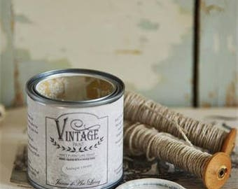 Jeanne d'Arc Vintage Chalk Paint Soft Cream 3.4 ounces