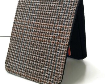 Mens Minimalist Wallet / Slim Bifold Wallet / Brown Houndstooth Wool
