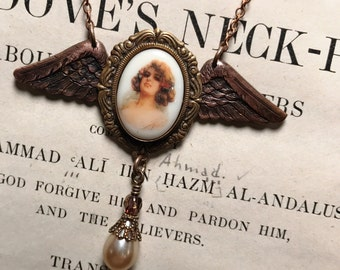 Winged Icon Necklace Edwardian Beauty