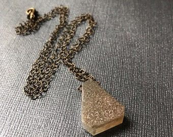 Gray Druzy Agate Antiqued Brass Chain Necklace