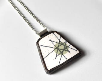 Broken China Jewelry Pendant - Green Atomic Starburst