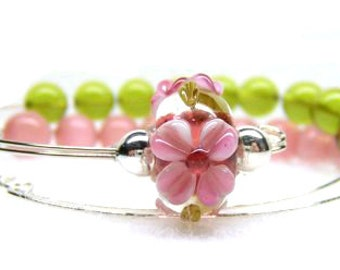 Row Counter Bracelet Abacus for Knitting or Crochet, Count up to 100, Slip On Wrist, Cherry Blossom