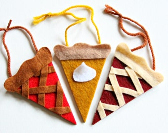 Trio of Pies: gift tags/ornaments