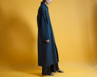 LOUIS FERAUD navy blue minimalist coat / oversized wool coat / vintage designer coat / s / m / 633o / R3