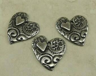 TierraCast Flora Dulce Vida Lg Amor Heart Pendant Swirl Flower Leaves Zen Doodle Antique Pewter Silver LEAD FREE I ship Internationally