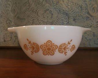 Vintage Pyrex Butterfly Pattern 441 Cinderella Mixing Bowl 1 1/2 Pint
