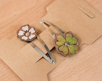 Flower Hair Clip Set  - Girls Hair Clips - Womens Hair Clips - Leather in White and Green - Lucky pattern with four leaf clover