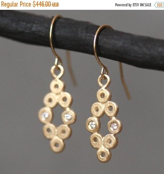 30% OFF WINTER SALE Diamond Shaped Dangle Earrings in 14k Gold with 4 Diamonds