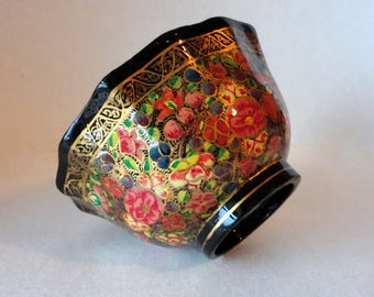 """RESERVED for PATRICIA 4 1/4"""" Vintage Kashmir India Bowl Lacquer Paper Mache Chintz Ring Dish Change Key Fluted Trinket Wedding Party Favor H"""