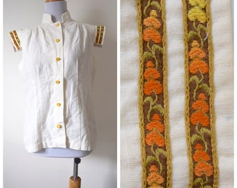 SUMMER SALE / 20% off Vintage 60s 70s Lady of the Canyon Cream Linen Blouse (size small, medium)