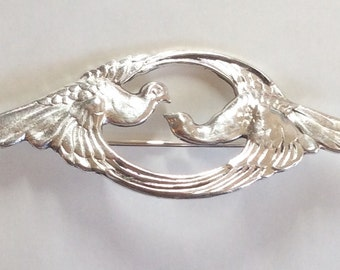 Love birds brooch / pin Art nouveau style silver plated
