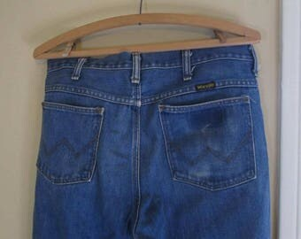 70s Wrangler Flared Jeans Vintage Blue denim Boot cut Distressed fade 70s Flare Vintage denim jeans cotton US made Boyfriend Jeans 33 32