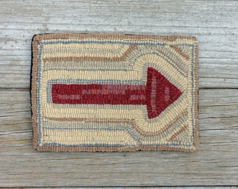 Primitive Rug Hooking Arrow Mat - Red Folk Art Arrow - Hand Hooked Wool Accent (Free Shipping)
