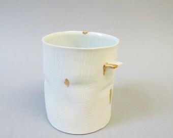 porcelain crumple coffee cup