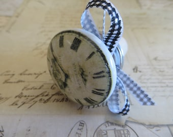 Wine Bottle Stopper With Vintage Clock Face-Wine Accessories